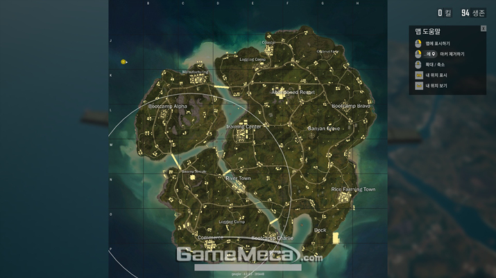 흰색 원이 첫번째 안전구역이다. 맵 전체를 뒤덮는 수준이다 (사진: 게임메카 촬영)