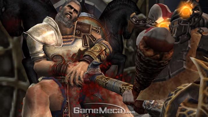 '테세우스'를 살해하는 '크레토스' (사진출처: '갓 오브 워 2' 게임 영상 갈무리)