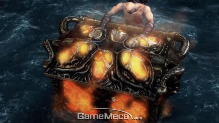 '크레토스'는 '아레스'를 죽이기 위해 '판도라의 상자'를 연다 (사진출처: '갓 오브 워' 게임 영상 갈무리)