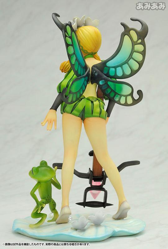 날개부분은 반투명의 재질로 이루어져 있다 (사진출처: 아미아미 글로벌 홈페이지)