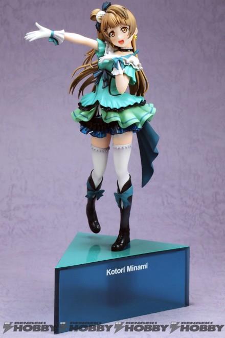 생일기념 프로젝트로 만들어진 미나미 코토리 피규어. 캐릭터 컬러인 초록색이 어울린다 (사진출처: 덴게키 하비 공식 홈페이지)
