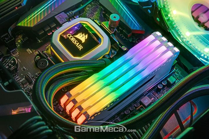 벤젠스 RGB 프로 DDR4 메모리