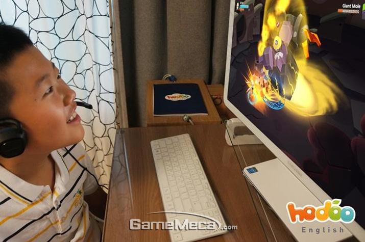 아이들이 게임을 쉽게 접하고 부모들이 게임을 긍정적으로 인식하게 되면서 'G러닝'이 다시금 떠오르고 있다 (사진출처: 호두잉글리시 공식 홈페이지)