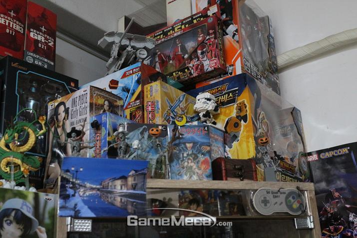 투박해 보여도 그시절의 감성이 온전히 살아있는 가게였다 (사진: 게임메카 촬영)