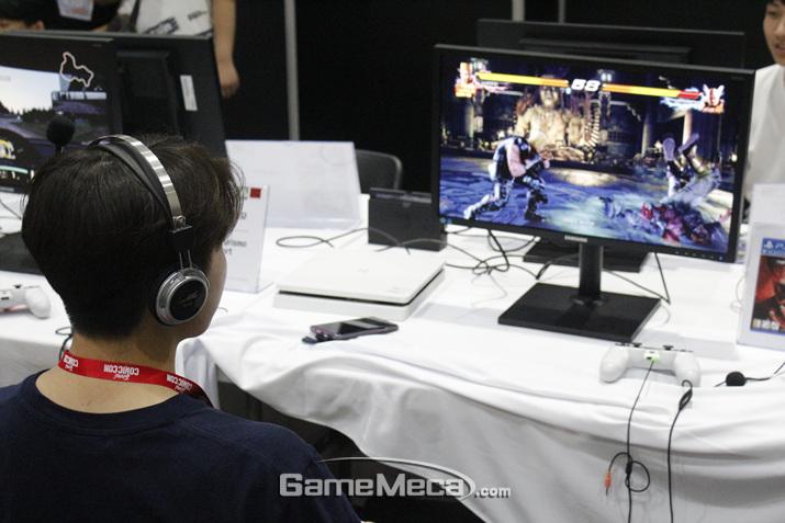 PS4도 즐길 수 있는 공간이다 (사진: 게임메카 촬영)