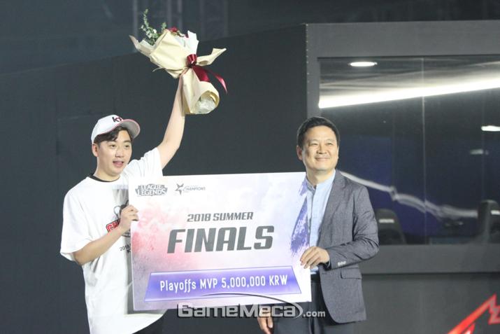 플레이오프 MVP까지 수상했다 (사진: 게임메카 촬영)