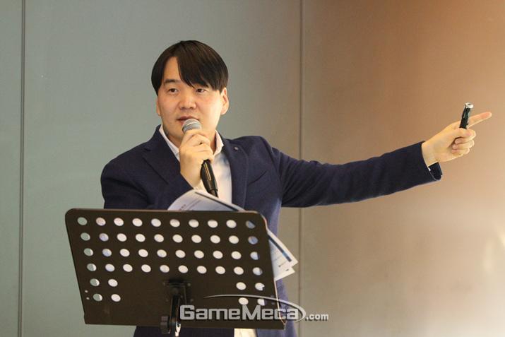 법무법인 신원 김진욱 변호사 (사진: 게임메카 촬영)