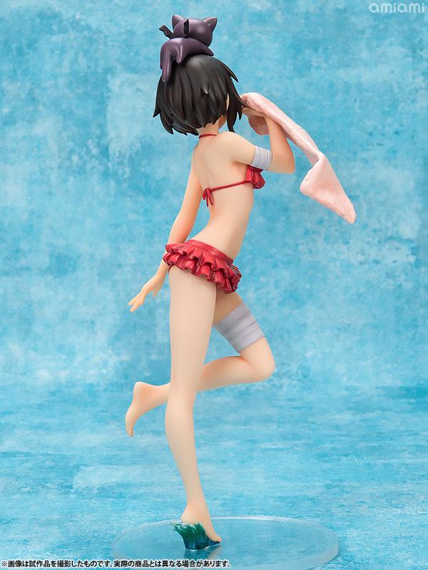 수영복 피규어는 인체 조형이 중요한데, 작고 귀여운 메구밍의 매력을 비교적 잘 표현했다. 크기는 210mm이며, 가격은 1만 4,040엔(세금포함) (사진출처: 아미아미 홈페이지)