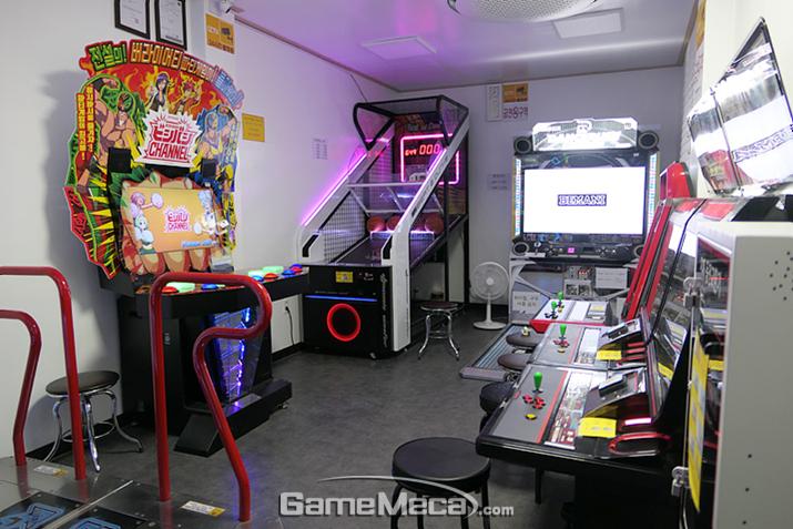 한국에서 가장 좁은 게임센터?!