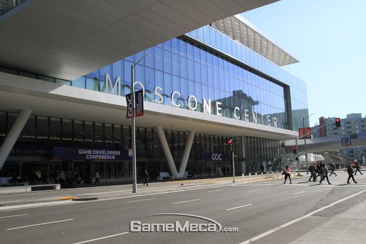 구글 키노트 발표가 열렸던 모스콘 컨벤션 센터 사우스 홀 (사진: 게임메카 촬영)