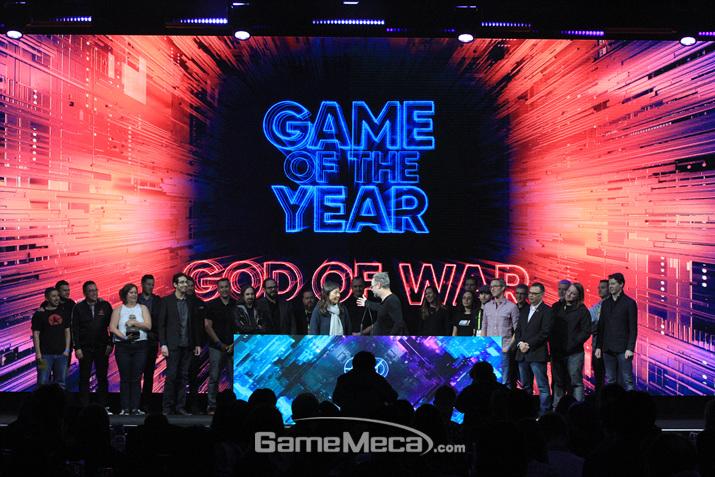 명실공히 2018년 최고의 게임으로 우뚝 선 '갓 오브 워' (사진: 게임메카 촬영)