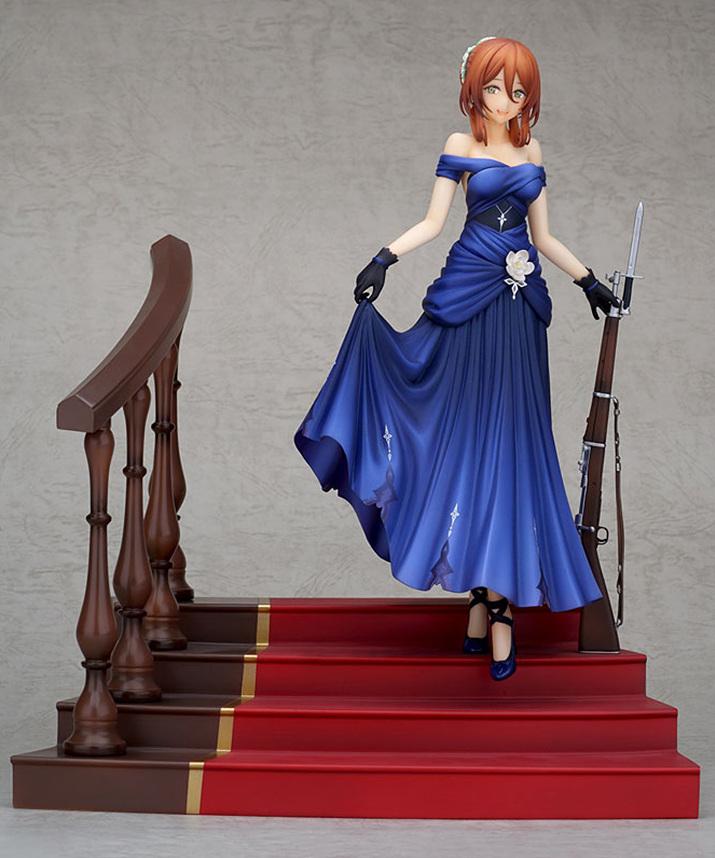 드레스의 주름 디테일이 아름답게 표현되어 있다. 깔맞춤을 위한 푸른 구두도 숨은 포인트 (사진출처 : 아미아미 홈페이지)