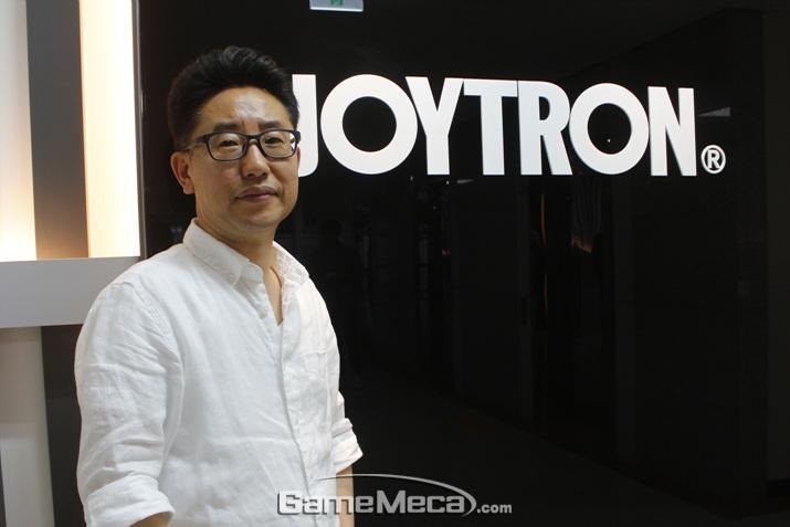 모바일 게임패드 붐을 예견한 조이트론 김주민 이사(사진: 게임메카 촬영)