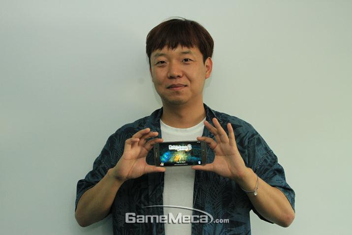 장석규 대표의 꿈은 '도톰치'라는 게임 장르를 만드는 것이다 (사진: 게임메카 촬영)