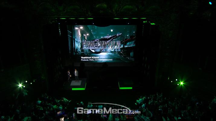 감탄과 환호의 연속이었던 '파이널 판타지 7 리메이크' 발표 (사진출처: 스퀘어에닉스 E3 쇼케이스 갈무리)