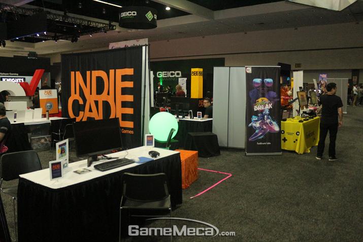 이 곳은 인디게임들이 모여 있는 인디케이드 부스 (사진: 게임메카 촬영)