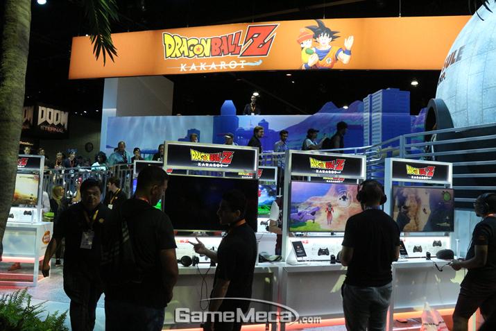 'E3 2019' 반다이남코 부스 전면을 장식한 '드래곤볼Z 카카로트' (사진: 게임메카 촬영)