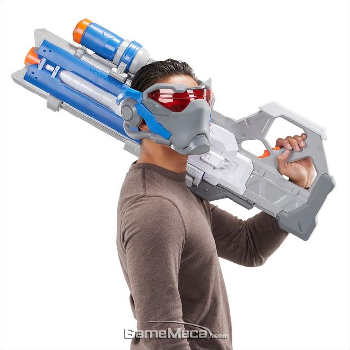 '오버워치' 솔져:76 펄스 소총이 너프건으로 발매된다 (사진출처: 게임스탑 공식 홈페이지)