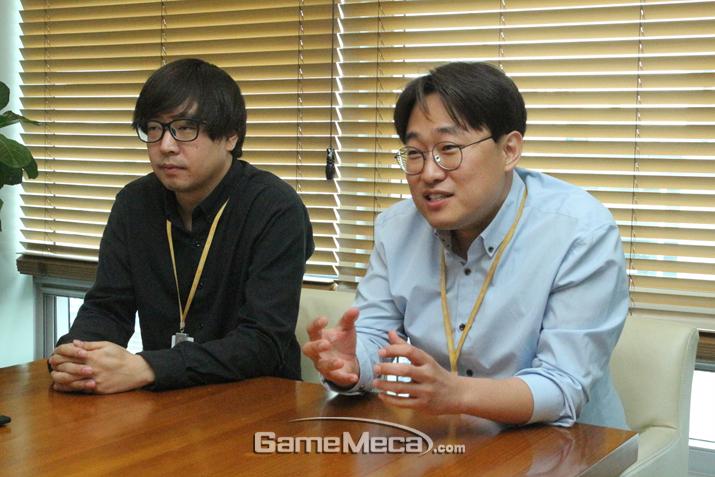 왼쪽부터 이정한 기획팀장, 정언산 PD (사진: 게임메카 촬영)