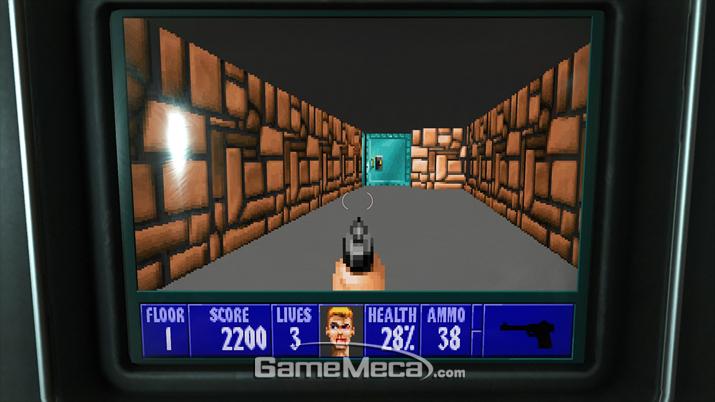 '울펜슈타인 3D'가 게임 내 오락기로 비치돼 있다던가 (사진: 게임메카 촬영)