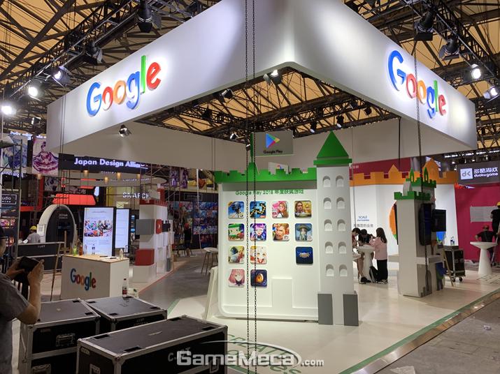 중국에서 차단돼 있는 구글이지만, 구글 플레이 부스를 냈다 (사진: 게임메카 촬영)