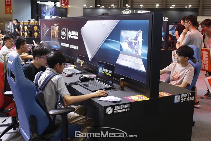 상상치도 못한 많은 분야에 인텔과 퀄컴 칩셋 기술이 적용돼 있다는 것을 확인할 수 있었다 (사진: 게임메카 촬영)