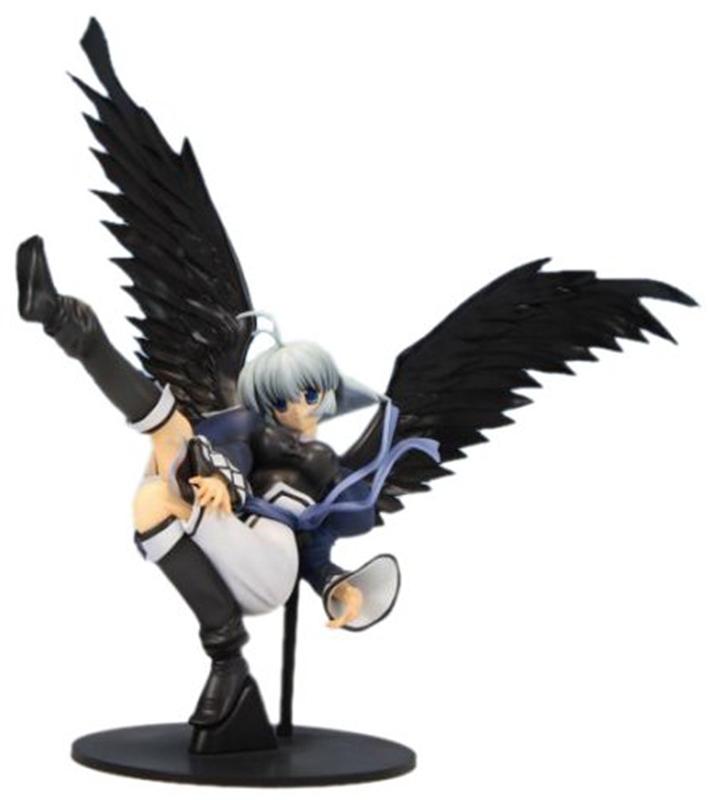 우르토리와는 달리 까만 날개를 가지고 있는 카뮤. 그 이유는 게임 내에서 확인하도록 하자. (사진출처: 아미아미 홈페이지)