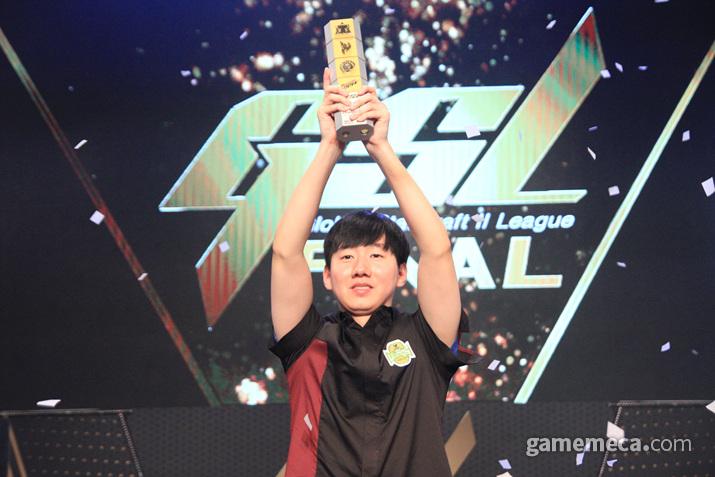 2019 GSL 시즌3 우승자는 '로그' 이병렬로 결정됐다 (사진: 게임메카 촬영)