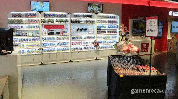 상대적으로 조용했던 닌텐도 매장 (사진: 게임메카 촬영)