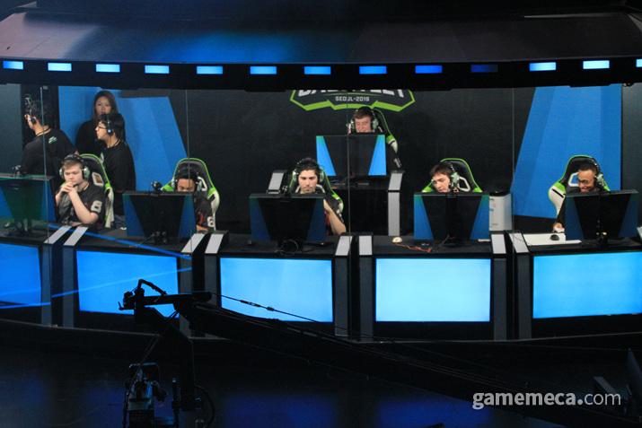 북미 1위팀 '애틀랜타 아카데미'가 한국 1위팀 '러너웨이'를 꺽고 오버워치 컨텐더스 건틀레서 결승전에 진출했다 (사진: 게임메카 촬영)