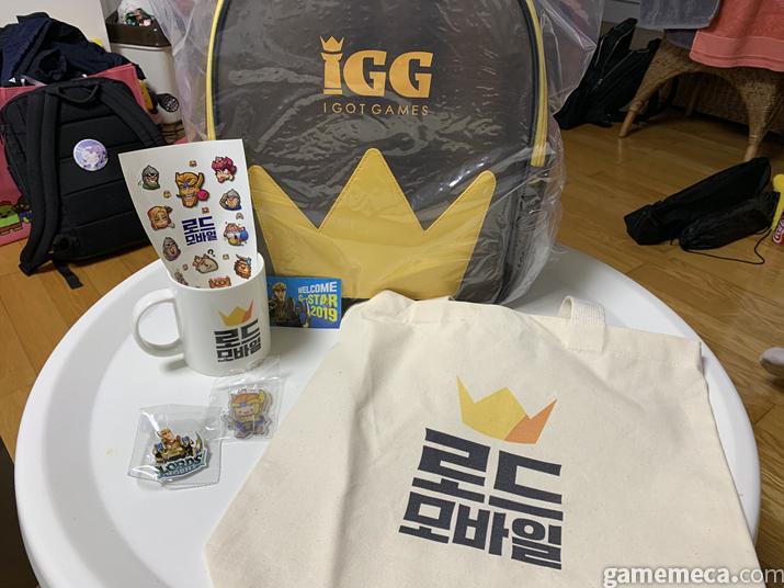 IGG 부스에서는 가방이 통째로!! (사진: 게임메카 촬영)