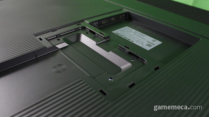 HDMI 2.0과 Mini DP 포트를 지원한다 (사진: 게임메카 촬영)