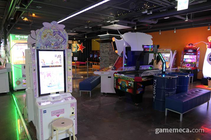 다른 게임센터에서도 흔히 볼 수 있는 라이트 게임들