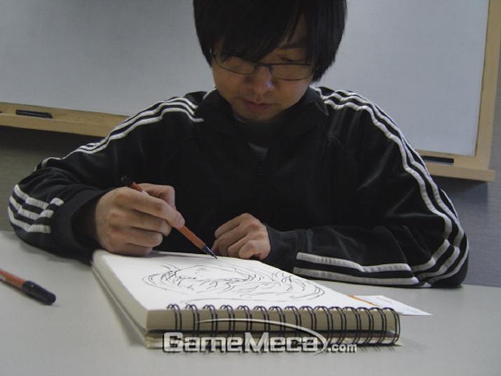 원작 만화 라그나로크 작가 이명진 (사진: 게임메카 촬영)