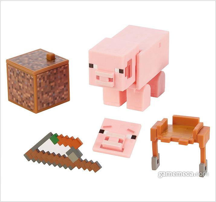 게임에서 만날 수 있는 핑크색 돼지가 픽셀로 구현돼 있다. 표정도 교체할 수 있도록 파츠가 존재하는데, 한쪽 면을 갈아끼우는 방식이다 (사진출처: 마인크래프트 공식 샵)