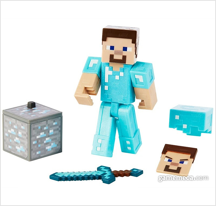 마인크래프트의 대표적인 남성 캐릭터 스티브. 다이아몬드 갑옷이라 쓰여 있지만, 왠지 캔디바 색 같다. 마찬가지로 표정을 바꿀 수 있고, 헬멧 착용도 가능하다 (사진출처: 마인크래프트 공식 샵)
