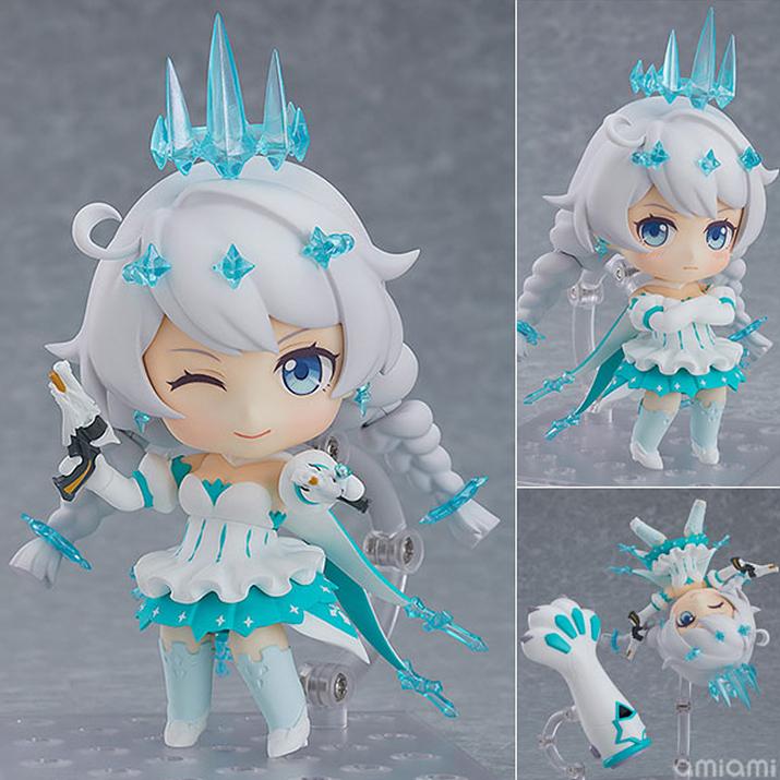 키아나 겨울공주 버전. 시원시원한 드레스와 얼음 같은 조형이 특징이며, 코믹한 연출도 가능하다 (사진출처: 아미아미 홈페이지)