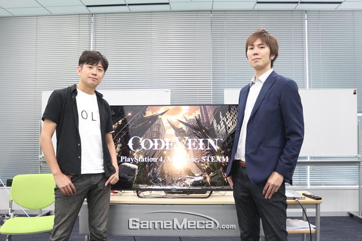 요시무라 디렉터(좌)와 이이즈카 프로듀서(우) (사진출처: 게임메카 촬영)