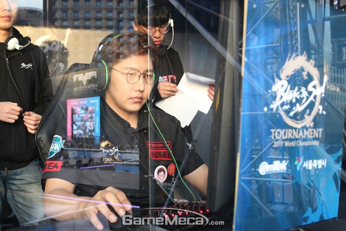 4강전에서의 패배를 설욕하는 활약을 한 GC 부산 레드 (사진: 게임메카 촬영)