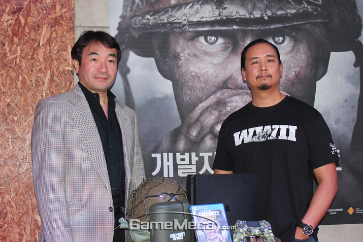 SIEK 안도 테츠야 대표(좌)와 슬렛지해머게임즈 조 살루드 AD(우) (사진출처: 게임메카 촬영)